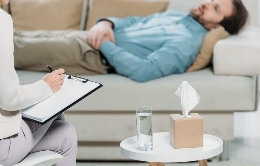 Arrêt du tabac: l'hypnose permet-elle réellement d'y arriver?